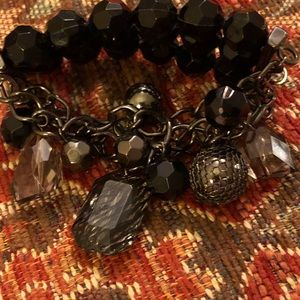 Black bead/ metal stretch bracelet